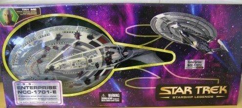 Star Trek USS Enterprise NCC-1701-E Battle Damaged (Star Trek-battle Damaged)