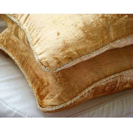Gold Shimmer - european-square Ein goldener Samt Euro Sham Kissenbezug mit handfertigtem Perlenrand