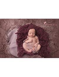 Pose bébé faux Flokati poils frisés, modèle prune