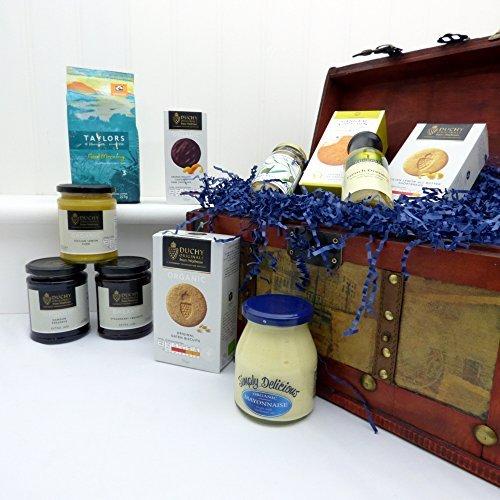 Vintage Organic Food Chest Hamper - Luxury Wedding Anniversary Gifts Presents for Her Women Him Men Mum Dad