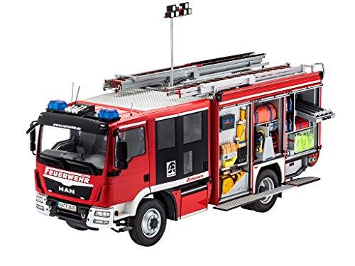 Preisvergleich Produktbild Revell Modellbausatz LKW 1:24 - Feuerwehr MAN TGM / Schlingmann HLF 20 VARUS 4x4 im Maßstab 1:24, Level 4, originalgetreue Nachbildung mit vielen Details, Truck, 07452