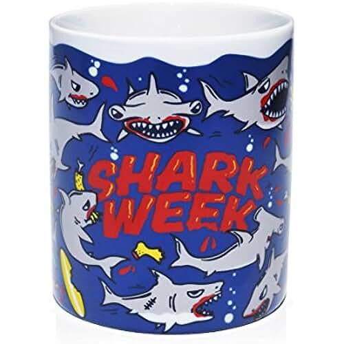 dia del orgullo friki Taza Mug Shark Week