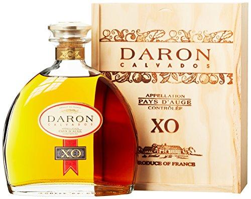 Daron Calvados XO in Holzkiste Obstbrand (1 x 0.7 l)