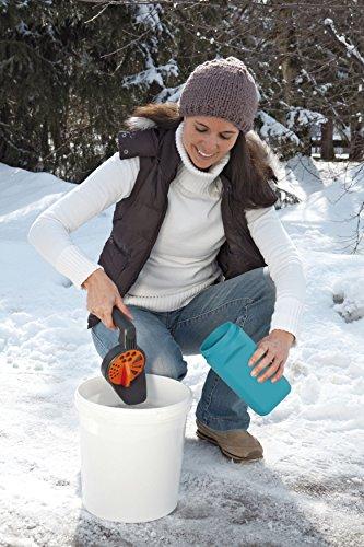 GARDENA Kleinstreuer S Aktion: Streugutbehälter und Handstreuer geeignet für Sand, Salz und Splitt, zum Streuen im Winter, einzigartiges Dosiersystem, auch für Dünger und Saatgut verwendbar (3255-30) - 4