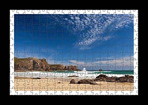 puzzle-style-vormontiert-wand-druck-von-waves-splashing-on-a-sandy-beach-by-lisa-loft