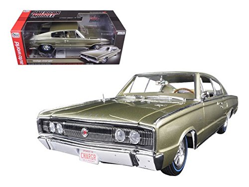 (1966 Dodge Charger Fastback 50th Anniversary Gold 1:18 Auto World Ertl AMM1067)