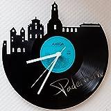 GRAVURZEILE Wanduhr aus Vinyl Schallplattenuhr Skyline Paderborn Upcycling Design Uhr Wand-Deko Vintage-Uhr Wand-Dekoration Retro-Uhr Made in Germany