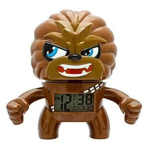 BulbBotz Despertador con luz Infantil figurita de Chewbacca de La Guerra de Las Galaxias | marrón/Negro plástico | 19 cm de Altura | Pantalla LCD | Chico Chica | Oficial