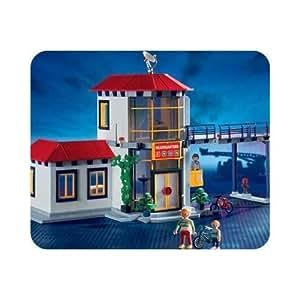 caserne de pompiers playmobil jeux et jouets. Black Bedroom Furniture Sets. Home Design Ideas