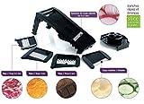 MASTRAD - Mandoline Multilames - 3 Râpes et 5 Lames Acier Inoxydable - Facile D'utilisation - Confort & Sécurité - 1 Poussoir - Coloris Noir