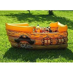 Barco pirata hinchable para fiesta temática.