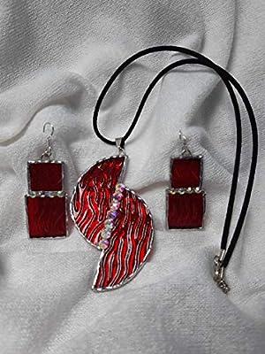 """Ensemble"""" Elysabeth""""pendentif/boucles d'oreilles vitrail rouge"""