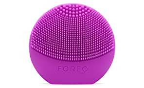 FOREO LUNA play Facial Cleanser Brush Purple Ultra-Portable and Fully Waterproof Sonic Cleansing Device