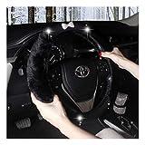 Coprivolante Auto Inverno caldo Steering Wheel copertura del diamante di Bling Bling morbida Super Furry farfalla Sentirsi dell'automobile del veicolo della peluche VOLANTE Covers 15 pollici