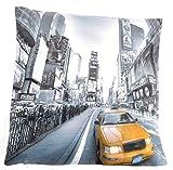 New York Yellow Taxi Kissenbezug Schwarz/Weiß Hintergrund