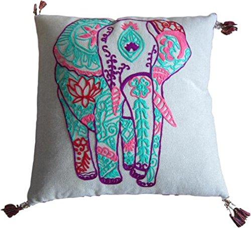 Only Natural lanzamiento Cojín con elefante bordado 45x 45