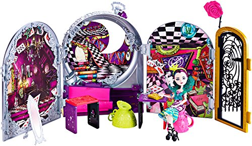Ever After High - Auf ins Wunderland Spiel und Spass Set - inklusive Raven Queen