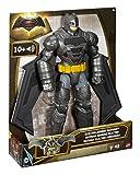 Mattel DPB06 - Figurina Batman con Luci e Suoni