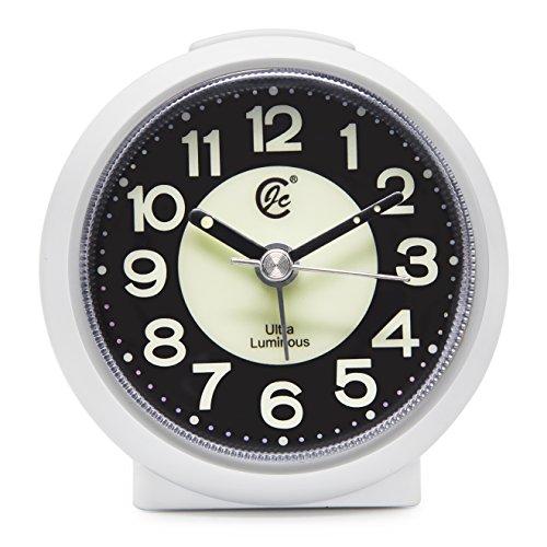 JCC charmante leuchtende kleine runde Handheld Größe nicht ticking Quarz Schreibtisch Uhr Wecker Reisewecker mit Licht Nacht, Snooze Funktion - batteriebetrieben (Matt - weiß)