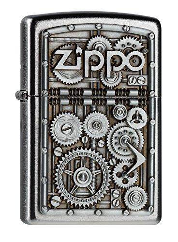 Zippo marcia più leggero. cromo Zippo con piatto decorativo in rilievo. Dimensioni: altezza x larghezza x spessore (cm). 5.7 x 3.8 x 1,3 centimetri. Garanzia a vita SALVO decorazioni