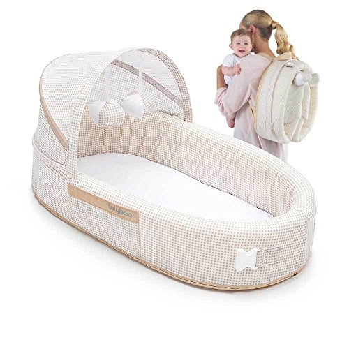 Preisvergleich Produktbild LulyBoo Baby Lounge To Go - Portable Infant Bed Folds Into Backpack - With Activity Bar And Rattle Toys (Beige) by LulyBoo