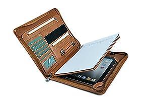 Soyez décontracté tout en restant professionnel avec ce portfolio zippé en cuir brun . L'iPad Air 2 / iPad Air or 9.7 inch iPad Pro repose sur une surface douce à l'intérieur de la couverture arrière avec une boucle pour un stylet. Un bloc-notes au f...