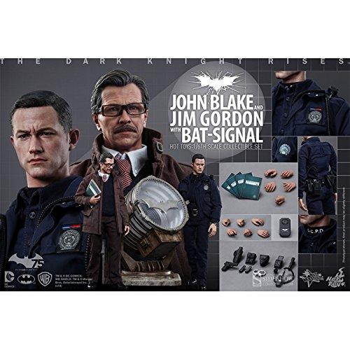 Batman-Set-figuras-John-Blake-y-Jim-Gordon-con-bat-signal-Hot-Toys-SHOT902303