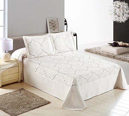 Tata Home Couvre-lit Boutis matelassé Spring Pearl Rembourrage de 200 GR m² Lit 2 Places Mesure cm 255 x 255