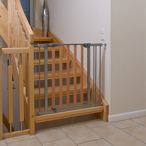 Hauck Wood Lock Safety Gate - 3