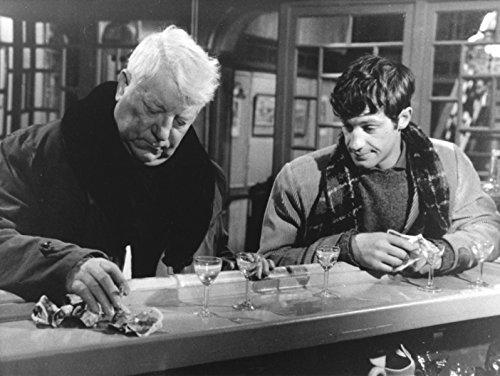 Photographie Noir et Blanc de Jean Gabin et Jean Paul Belmondo dans le Film Un singe en Hiver (40x50 cm)