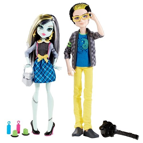 Monster High Picnic Casket 2 Pack - Jackson Jekyll and Frankie (High Jekyll Monster Jackson)