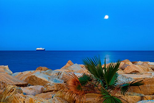 120505-50-la-nave-e-la-luna-opacizzato-fotografia-ora-blu-marina-best-for-home-and-office-art-decor-