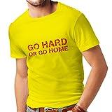 lepni.me Camisetas hombre Go Hard or Go Home para sentadillas, banco de prensa y ejercicios de levantamiento de pesas (Small Amarillo Multicolor)