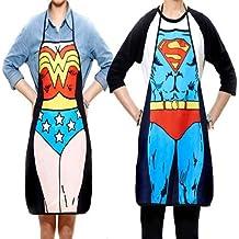 SunHug (TM) 2pcs divertido de la novedad atractiva del partido de cena Superman Delantal de cocina Mujer Maravilla hombres # 52077