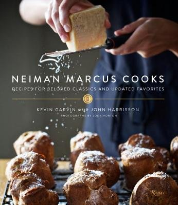 neiman-marcus-cooks-recipes-for-beloved-classics-and-updated-favoritesneiman-marcus-cookshardcover