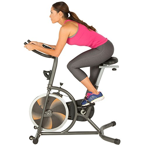 FITNESS REALITY S275 Heimtrainer/ Trainingsrad mit 4-fach verstellbarem Sitz