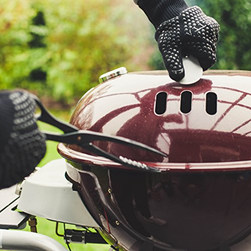 510TD%2BfmbML - R-Beretta Grillhandschuhe Hitzebeständig Bis Zu 500 °C – Hitzeschutzhandschuhe zum Grillen - Feuerfeste Kaminhandschuhe Mit Extra Langem Unterarmschutz – In Geschenk Box