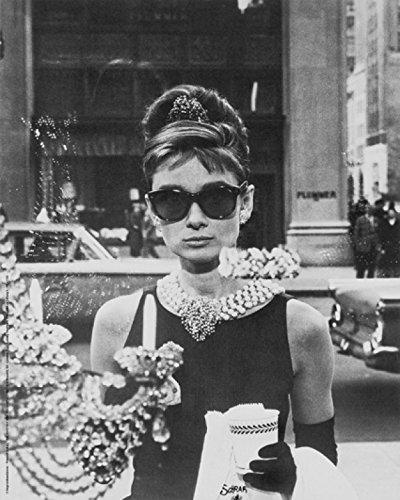 1art1 40591 Audrey Hepburn - Tiffany Schaufenster Poster Kunstdruck 30 x 24 cm