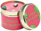 Bomb Cosmetics handgegossene Duftkerze GREEN MACAROONS