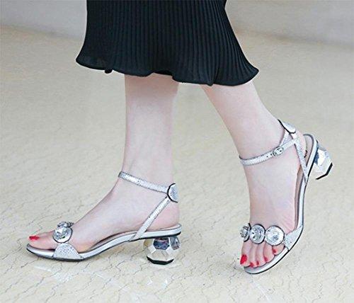 Wort Schnalle Sandalen und Pantoffeln mit Strass Frauen Sandalen und Pantoffeln Frauen Sandalen Sommer geformt Silver