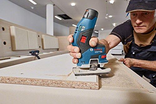 Bosch Professional Akku Kantenfräse GKF 12V-8 (ohne Akku, 12 Volt, Fräskopf-Schaft: 8 mm, im Karton)
