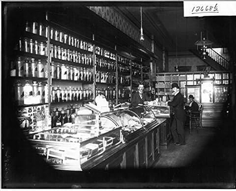 POSTER Men inside Oxford Drug Store 1913 Miami Wall Art Print A3 replica