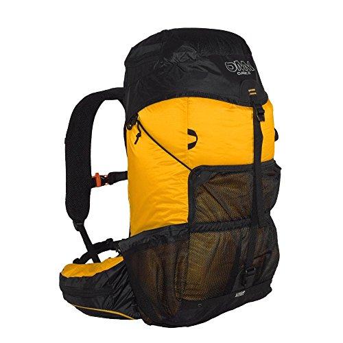 omm-classic-marathon-backpack-25l-yellow-black