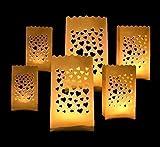6 kleine x weiße Lichtertüten mit Herz / Herzmotiv