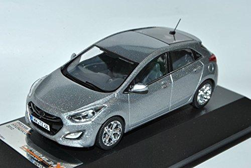 Hyundai I30 5 Türer Silber Grau 2. Generation GD Ab 2011 1/43 PremiumX Modell Auto mit individiuellem Wunschkennzeichen Hyundai Modell Auto
