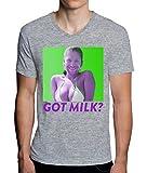 Photo de Aphex Twin Girl With A Man Face Got Milk Design Men's V-Neck T-Shirt Homme par MaikesTic