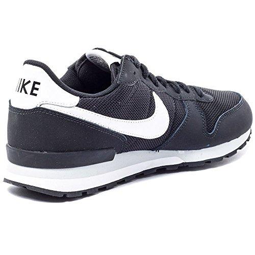 Nike Internationalist (Gs), Chaussures de Running Entrainement Garçon Noir / Blanc (Noir / Blanc)