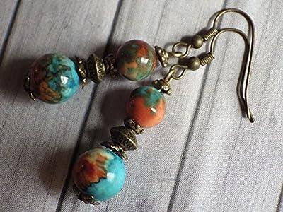 Boucles d'oreilles pendantes style vintage en perles de jade blanc naturel teinté bleu, marron et orange