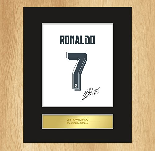 Preisvergleich Produktbild Signiertes Bild Cristiano Ronaldo, Real Madrid, mit Passepartout by My Prints
