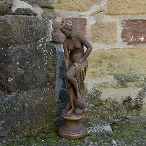 Massive Steinfigur Statue Venus im Bad Raumdeko Gartendeko aus Steinguss frostfest